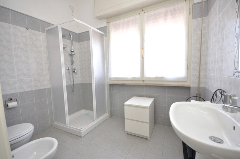 Double ensuite bathroom n.4 B & B Miami Beach Pietrasanta